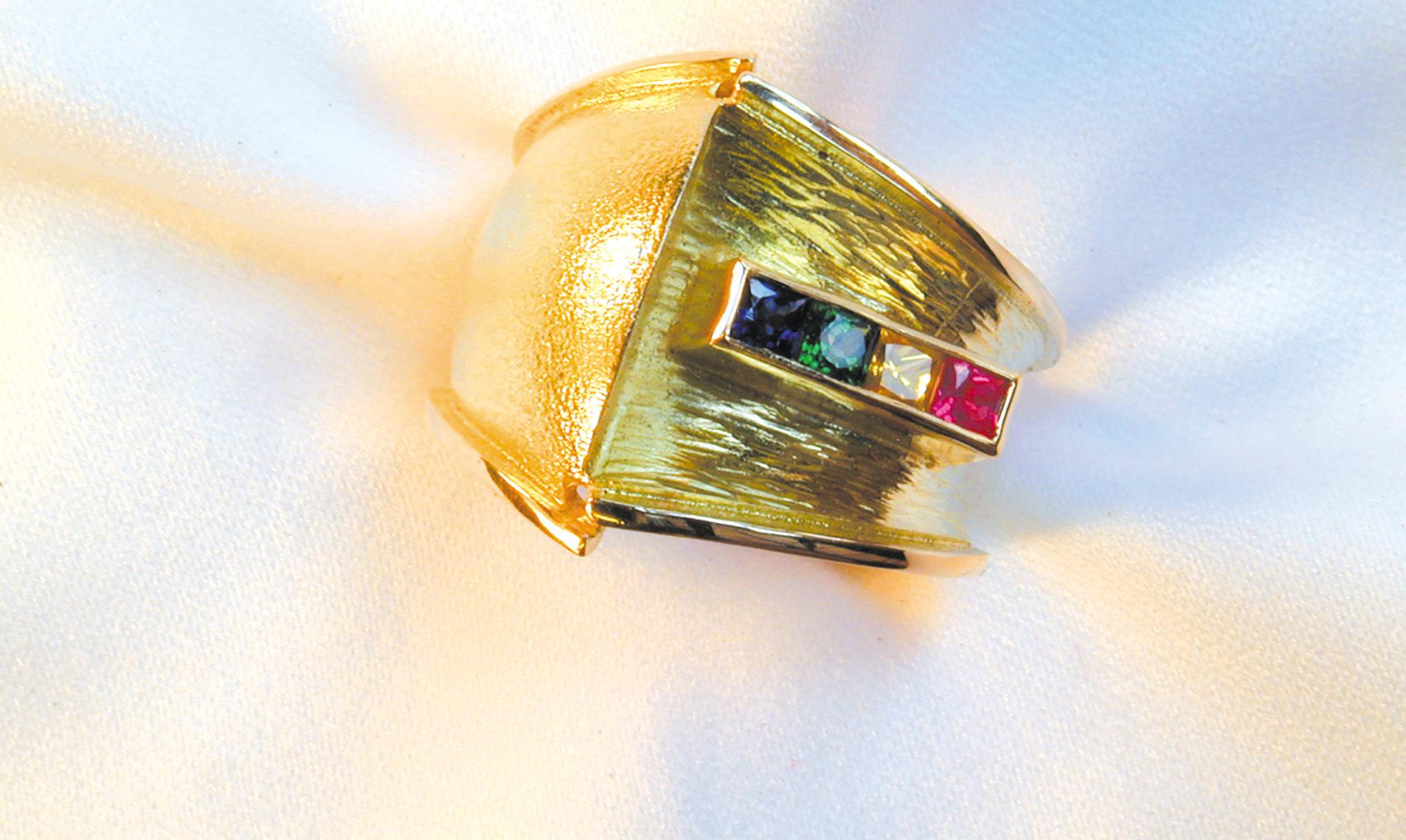 Goldschmiedekunst – Schmuckstücke aus Meisterhand