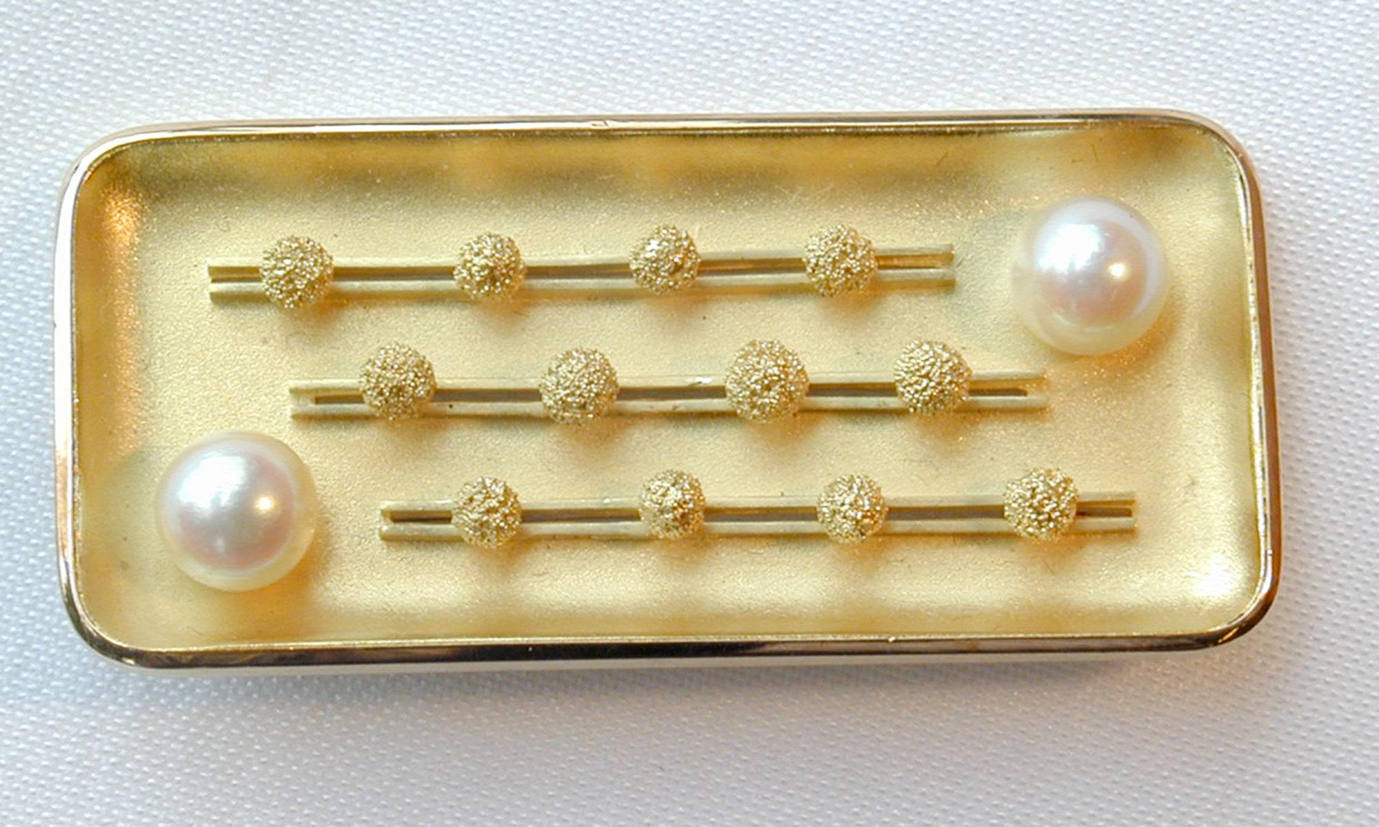 Brosche Gold Perle granuliert